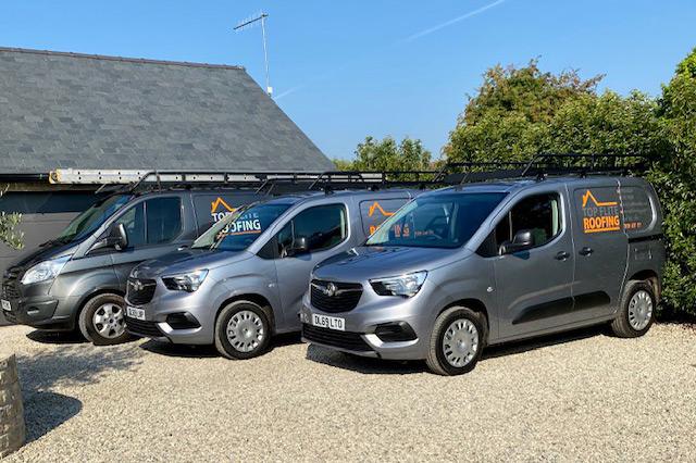 Top Flite Roofing Van